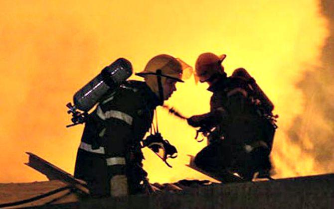 pompieri-noaptea-costi-tudor