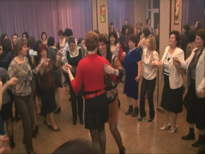 petrecere-traditionala-8-martie
