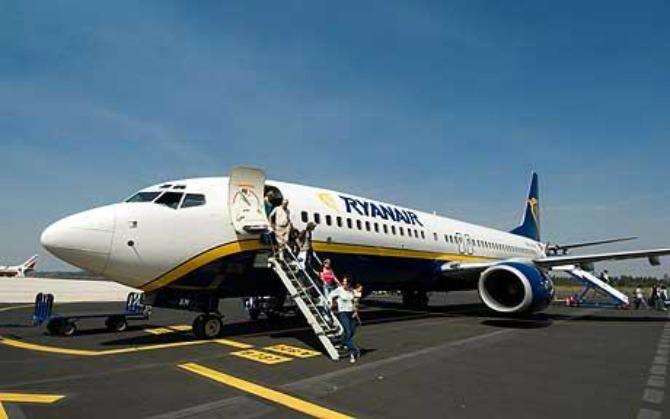 ryanair-plane_1612807c