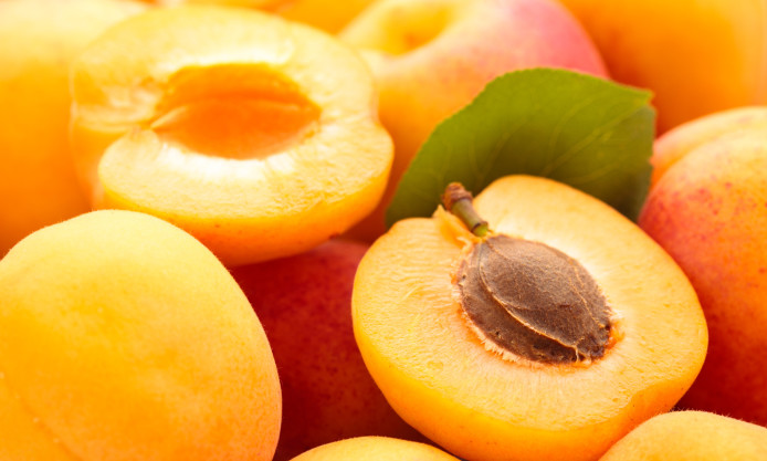 apricot-fruit-pictures-694x417